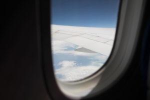 飛行機 の機内